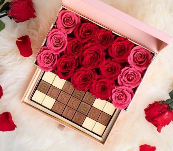 Personlig chokolade med eget navn, tekst og roser