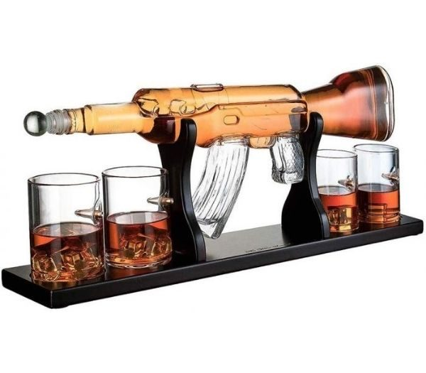 Whiskey Dekanter AK 47 Med Glas
